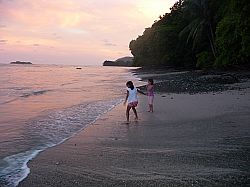Children playing at Cabuya beach